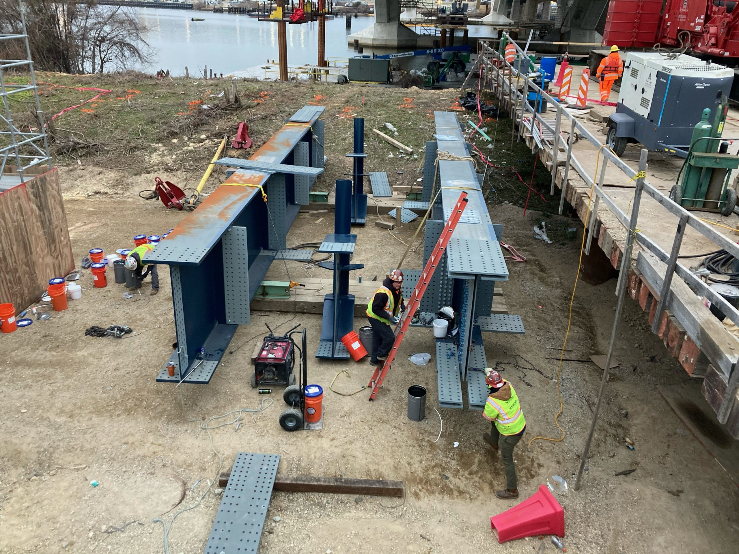South Capitol Bridge Project Hires Local DC Residents